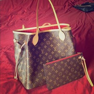 Louis Vuitton Neverfull Monogram MM with Pouch